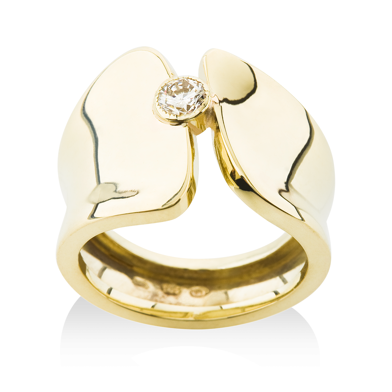 187b8a38d masivní zlatý prsten s kamenem