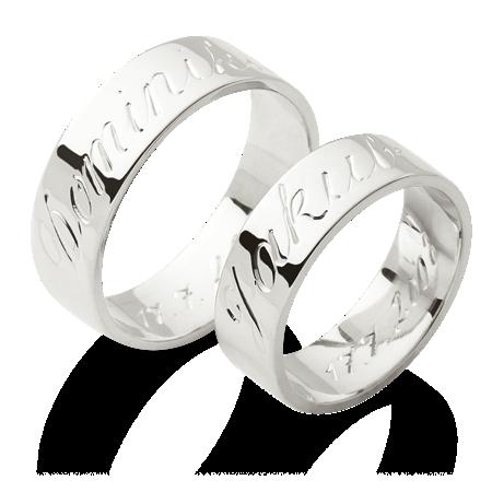 Prsteny S Rytymi Jmeny Na Povrchu